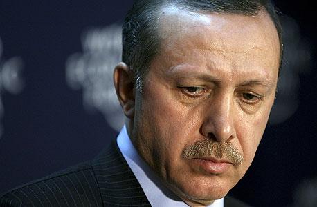 לחוץ ומפחד מדיבור חופשי. נשיא טורקיה ארדואן
