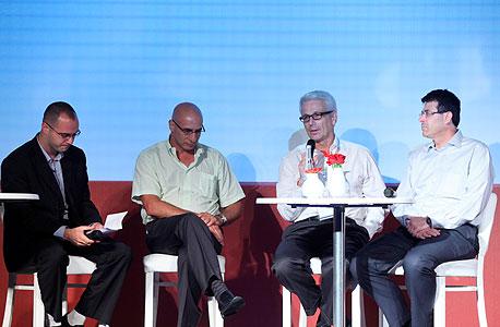 מימין: אלדד פרשר, דני צידון, שוקי אורן ורועי ברגמן, צילום: עמית שעל