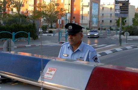 שוטר (ארכיון). הפנסיה של גמלאי המשטרה גבוהה מ-13.5 אלף שקל, צילום: חיים הורנשטיין