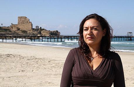 דורית קוניגין בחוף עתלית