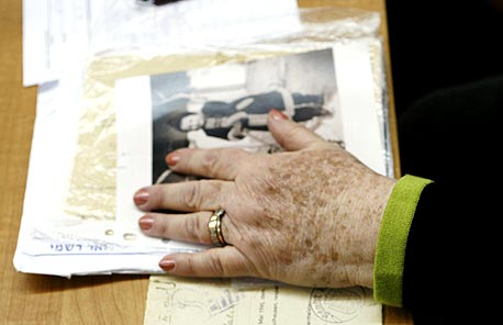 ניצולת שואה, צילום: עמית שאבי