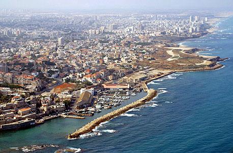 קו החוף של יפו ובת ים (ארכיון)