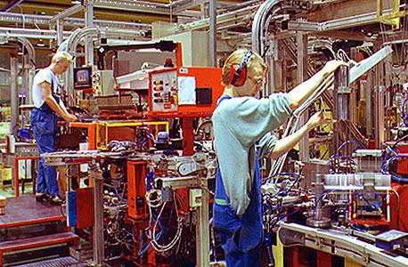 מפעל בשבדיה, צילום: בלומברג