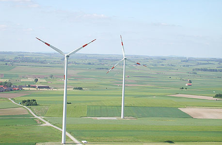 חוות טורבינות רוח בגרמניה שבה השקיע בנק GLS כ-35 מיליון יורו