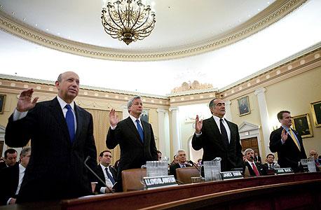 2010. ראשי ארבעת הבנקים הגדולים בארצות הברית מעידים בפני ועדת החקירה הממשלתית לנושא המשבר הפיננסי