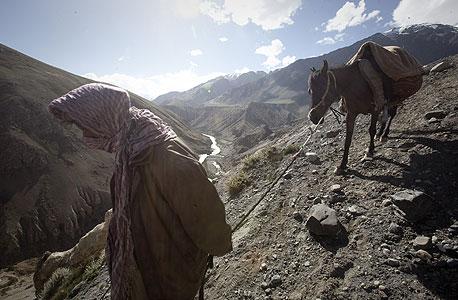 אפגניסטן: יותר מ-2,100 הרוגים במפולת בוץ