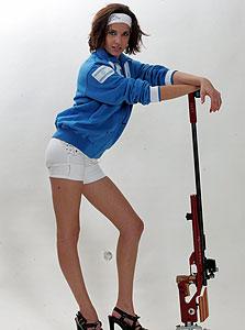 דניאל רוט, שדרנית ערוץ הספורט וקלעית לשעבר. מתי נראה שנשים יעברו משולי הסיקור הספורטיבי למרכז?