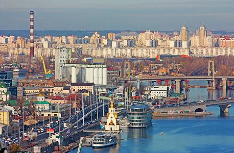 העיר קייב, שנמל התעופה שלה נפגע במתקפה