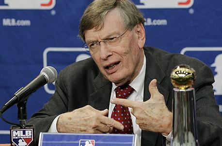 הקומישינר של ה-MLB יקבל 25 מיליון דולר בעונה