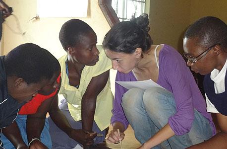 ספארי ומעורבות באוגנדה. מחיר: 3,100 דולר (כולל הכל)