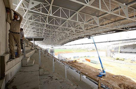 איצטדיון נתניה החדש במהלך הבנייה, צילום: נמרוד גליקמן