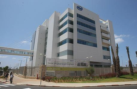 בניין אינטל בחיפה, מבנה ירון