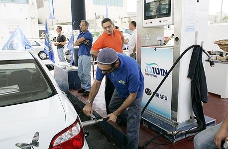מחר בחצות: הדלק יתייקר ב-17 אג' ל-7.60 שקלים לליטר