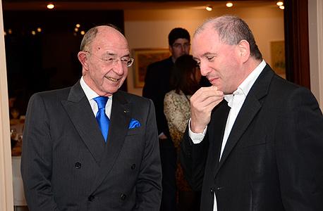 אלכס גלעדי, משמאל, עם דניאל זייפמן, צילום: אריאל לדרמן
