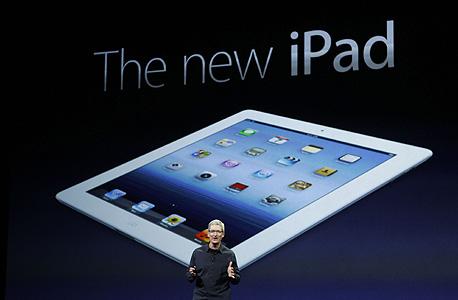 """מנכ""""ל אפל, טים קוק, חושף את האייפד החדש"""