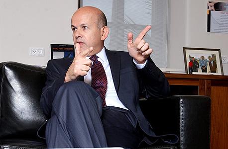 """מנכ""""ל חברת החשמל אלי גליקמן. לטענתו מצבה הפיננסי של החברה אינו מאפשר תוספות שכר של 7%, צילום: עמית שעל"""
