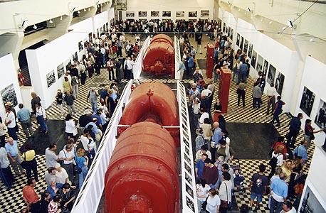 תערוכת הצלמניה ברדינג ב- 2002. הזדמנות נדירה לראות את התחנה מבפנים