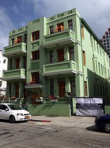 """יונה הנביא 5 בת""""א. בניין נטוש הפך לדירות נופש"""