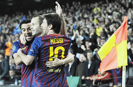 שחקני ברצלונה. חסכו 12 מיליון יורו בבונוסים, צילום: איי פי