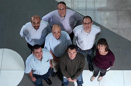 עובדי אירוסקאוט במשרדים ברחובות. צומחת ב-25% בשנה