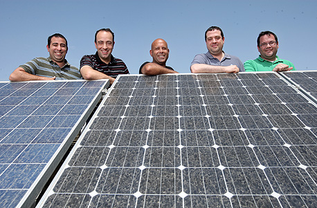 SolarEdge's innovative solar panels revolutionized the sector. Photo: Amit Shaal