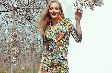 אליאן סטולרו, חצאית 1,200 שקל, ז'קט 2,600 שקל