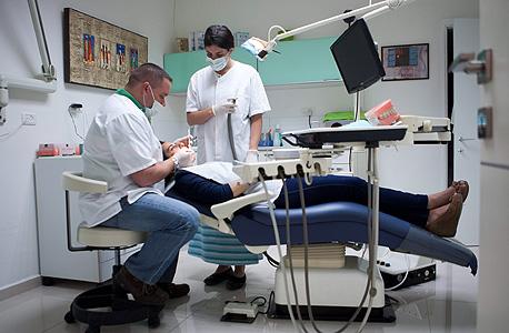 ברגע שיש בעיה ומשהו בכיסא אינו תקין, המרפאה מושבתת לכמה ימים