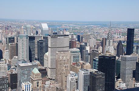 ניו יורק מהאמפייר סטייט בילדינג. החרדה מוטמעת לעומק, ומגיל צעיר מאוד, לרוב במסווה של ניסיון להתמודד מראש עם כל סכנה שעלולה לצוץ