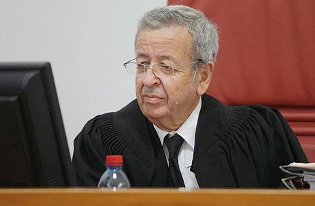 ראש הוועדה, השופט בדימוס אליעזר ריבלין