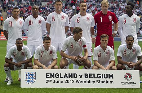 שחקני נבחרת אנגליה. ש־7% מהבריטים שלומדים בבתי הספר הפרטיים מהווים את רוב השחקנים והאתלטים בנבחרות הבריטיות. זה כמעט כמו הנתונים של נבחרות דרום אפריקה בספורט בזמן האפרטהייד, צילום: אי פי אי