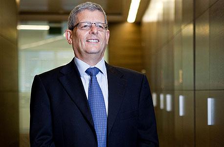 """מנכ""""ל UBS קובי פיגנבוים. זומן להעיד"""