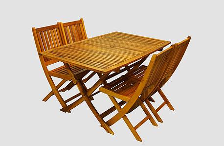 שולחן וארבעה כיסאות, 899 שקל, אייס