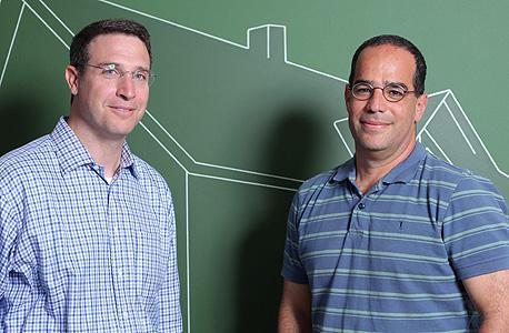 איציק פרנפס (מימין), שותף בקרן באטרי, צילום: עמית שעל