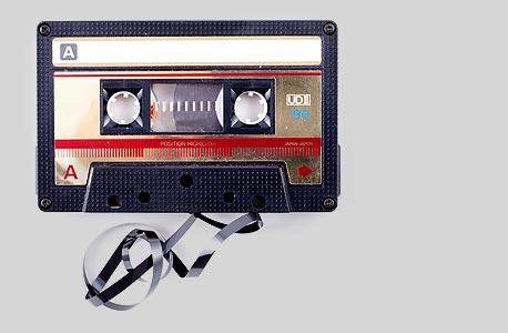 שירת המכשירים האלקטרוניים של חיינו מעניינת לא פחות, גם אם לרוב היא מעצבנת