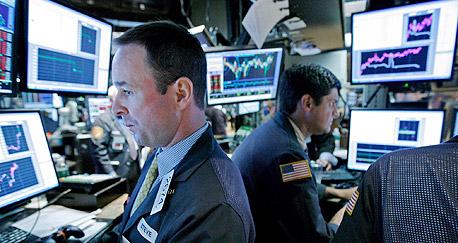 ירידות שערים בכל הבורסות, צילום: אי פי אי