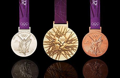 מדליות אולימפיות. זו כמעט מעילה בכספי ציבור שהפרס עבור זכייה בזהב אולימפי יהיה גבוה מתקציבו השנתי של ענף כמו סקי מים