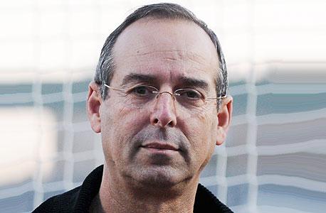יצחק רוכברגר, ראש עיריית רמת השרון. כמה כסף הוא משקיע בקבוצת הכדורגל המקומית?