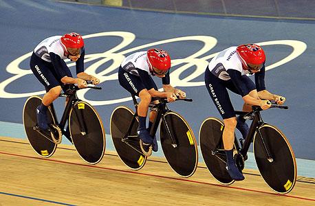 נבחרת בריטניה באופניים. הצלחה מקצועית וכלכלית, צילום: אימג