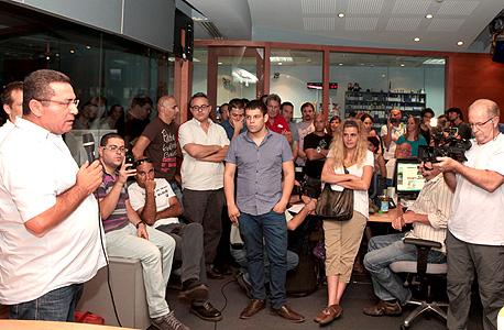 אסיפת עובדי ערוץ 10 (ארכיון)