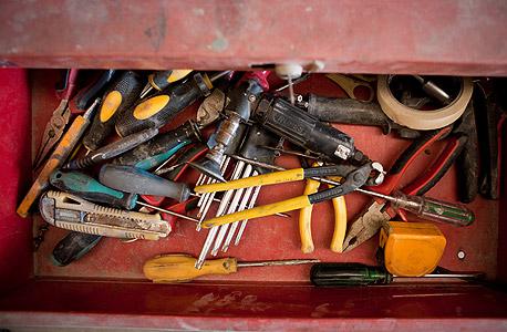 מוסף באז באזז שיפוצים רכב אלון נרוב, צילום: תומי הרפז