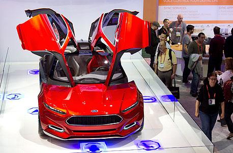 דגם מתערוכת רכב של פורד, צילום: בלומברג