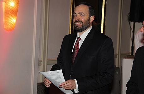שר הבינוי לשעבר אריאל אטיאס. שיווק את השכונה