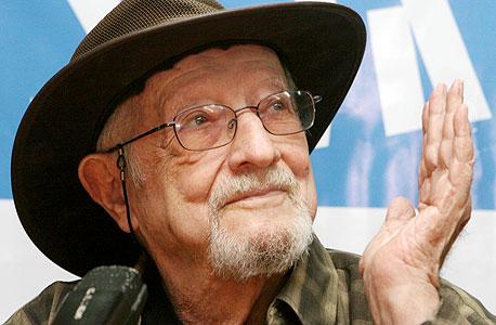 הפזמונאי חיים חפר נפטר בגיל 86