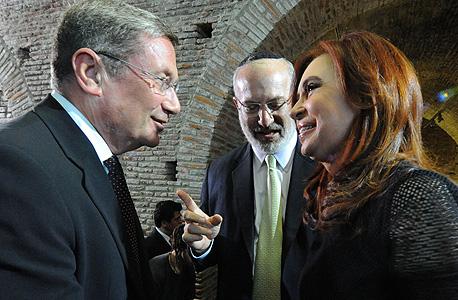 נשיאת ארגנטינה כריסטינה קירשנר אדוארדו אלשטיין ונוחי דנקנר במפגש עם אנשי עסקים בבואנוס