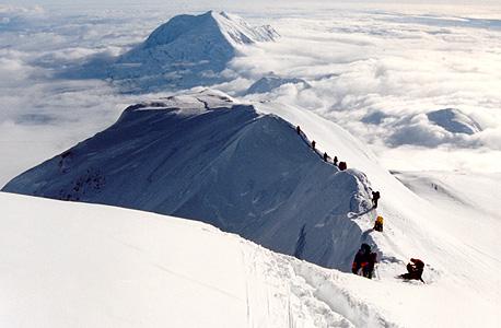 טיפוס הרים. מתכננים בקפידה גם את הדרך למטה