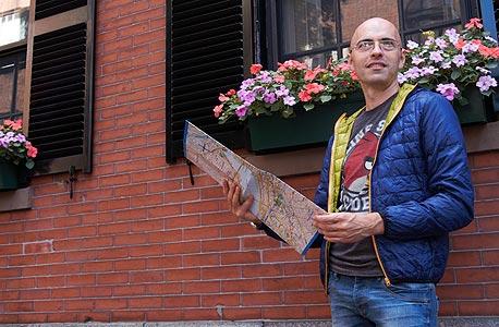 """יגאל בראון בבוסטון. """"אני מנהל פרויקטים, אז לקחתי את זה כפרויקט"""""""
