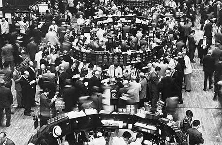 רצפת המסחר בבורסת ניו יורק בשנות השישים