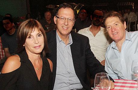 מימין: רוני קוברובסקי, ז'קי בר ונחמה רונן