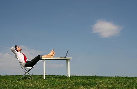 שעות עבודה ארוכות לא הופכות את העבודה שלנו ליעילה יותר
