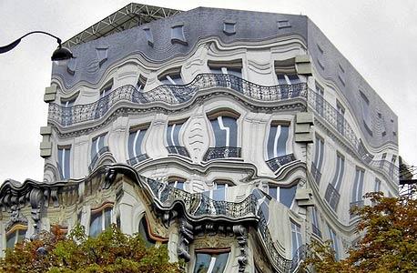 תעתועי כאילו: אדריכלות יצירתית המשלבת אשליות אופטיות